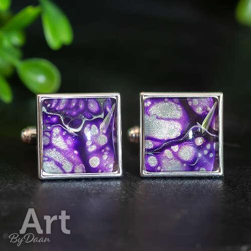Bijzondere zilveren manchetknopen vierkant met paarse steen