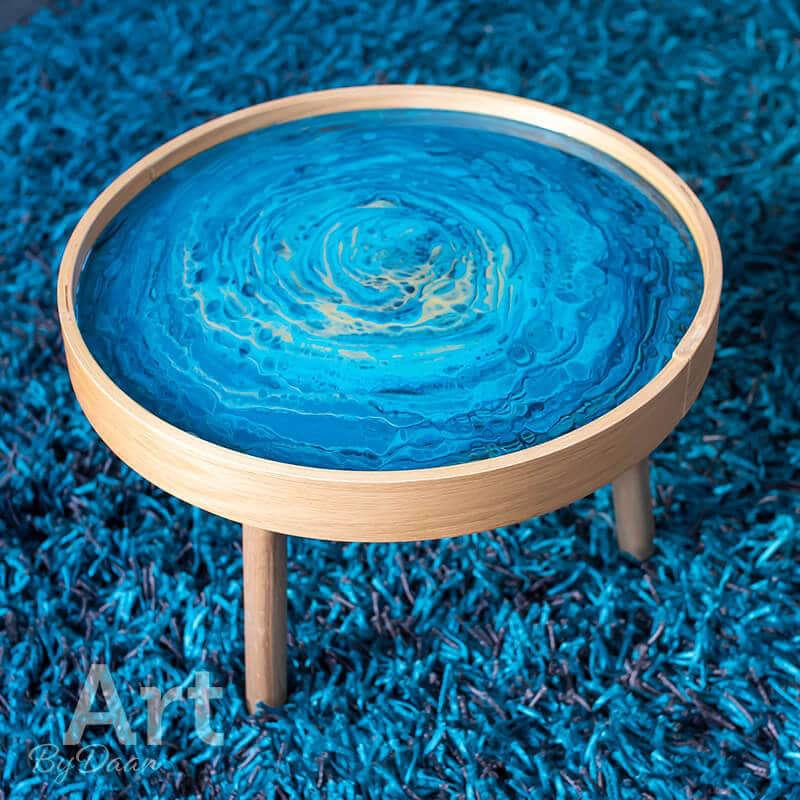 design-bijzettafel-met-blauw-kunstwerk3.jpg