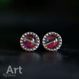 Elegant stud earrings with a yellow line