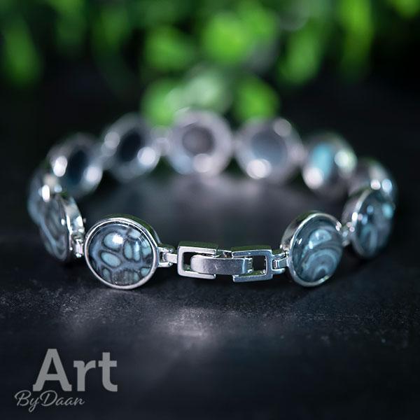 Exclusieve echt zilveren armband met groene steentjes
