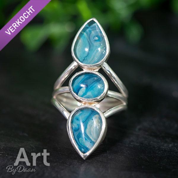 Unieke handgesmede Keltische druppelring blauw