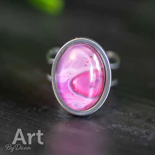 Verstelbare damesring maat 16 met roze steen