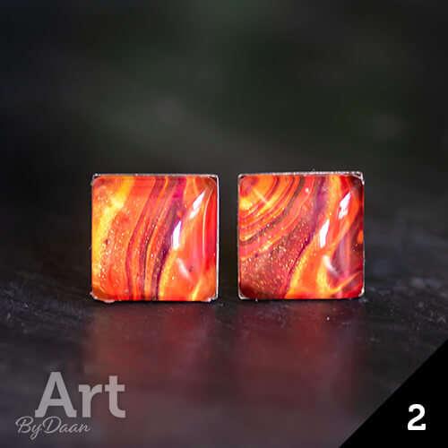 Vierkante oorknopjes met oranje steen - handgemaakte sieraden