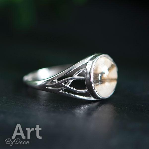 Unieke subtiele zilveren verstelbare damesring met bruine steen