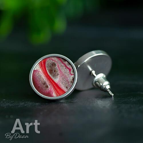 Unieke waterproof oorknopjes met rode steen - handgemaakte sieraden