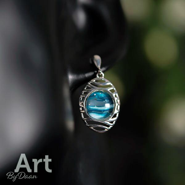Handgemaakte zilveren oorbellen blauw