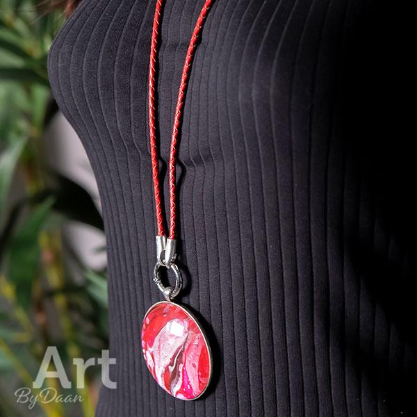 Bijzondere statement ketting rood - handgemaakte sieraden
