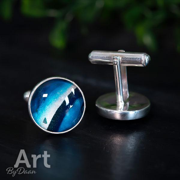 Unieke zilveren manchetknopen met handgemaakte blauwe steen