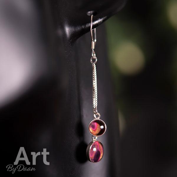 Unieke zilveren oorbellen met handgemaakte roze steentjes
