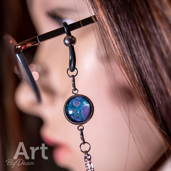 Unieke brillenketting van RVS met handgemaakte blauwe stenen