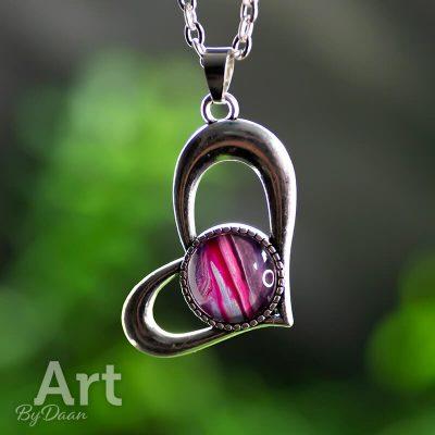 bijzondere-hart-hanger-met-paars-en-roze1.jpg