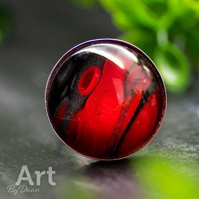 echt-zilveren-handgemaakt-ring-met-rood-en-grafiet.jpg