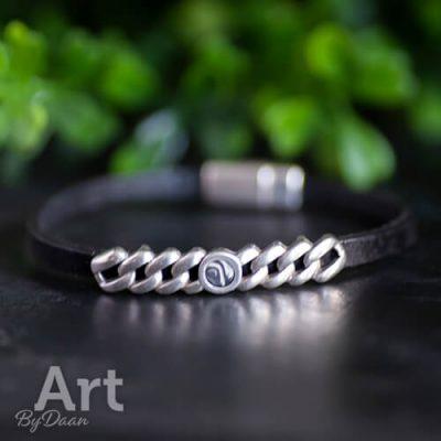 Fijn leren armband zwart handgemaakt
