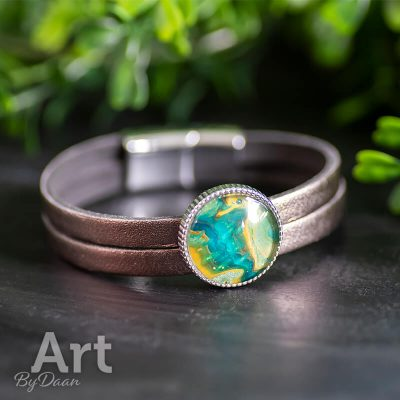 handgemaakte-armband-met-gekleurde-steen2.jpg