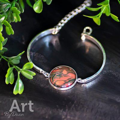 handgemaakte-armband-oranje-groen2.jpg
