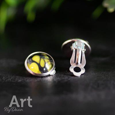 handgemaakte-comfortabele-oorclips-geel-zwart4.jpg