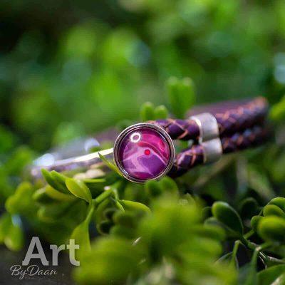 handgemaakte-leren-armband-paars-handgemaakte-sieraden.jpg
