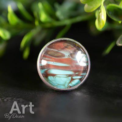 handgemaakte-ring-met-bruin-en-turquoise.jpg