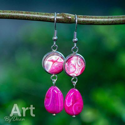 handgemaakte-roze-oorbellen-met-jade-edelstenen.jpg