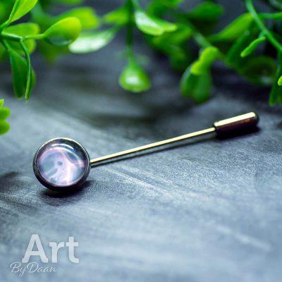 handgemaakte-speld-met-roze-en-grijze-steen-handgemaakte-sieraden.jpg