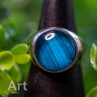 handgemaakte-verstelbare-echt-zilveren-herenring-met-blauwe-steen4.jpg