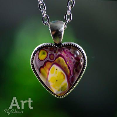 ketting-hanger-hart-paars-en-geel3.jpg