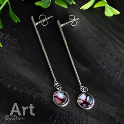 Lange oorbellen met roze en zwart handgemaakt