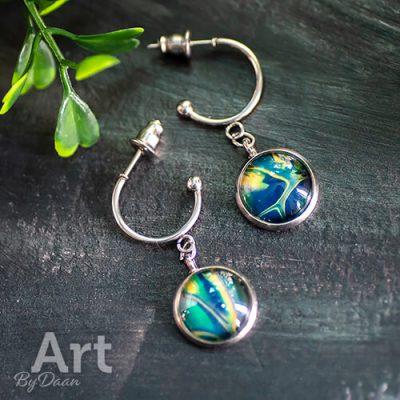 oorbel-hangers-met-groene-steen-handgemaakt4.jpg