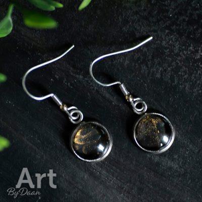 oorbellen-in-goudkleur-met-pyriet-edelstenen2.jpg