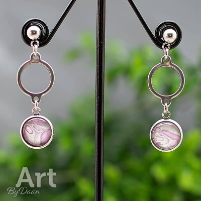 oorhangers-RVS-033-10mm-handgemaakte-oorbellen-hypoallergeen-groen-en-roze.jpg