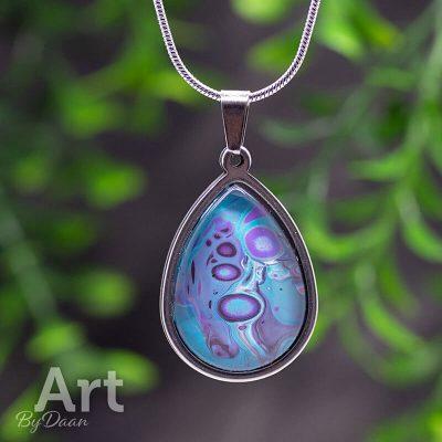 ovale-rvs-handgemaakte-hanger-in-blauw-en-paars-Purple-Rain.jpg