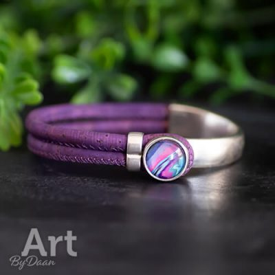 Paarse armband van kurkleer