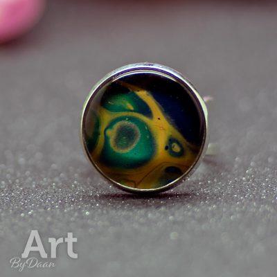 ring-verstelbaar-060-20mm-turquoise-geel-en-zilver-uniek-sieraad.jpg