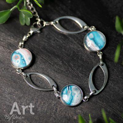 rvs-sieraden-armband-met-blauwe-stenen.jpg