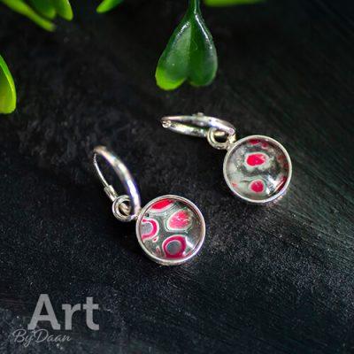 sterling-zilveren-oorbellen-met-groen-roze-stenen.jpg