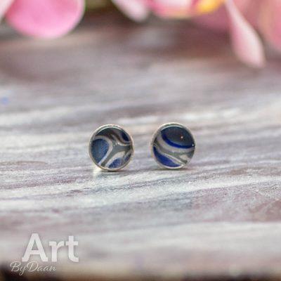 sterling-zilveren-oorknopjes-010-unieke-blauwe-steen.jpg