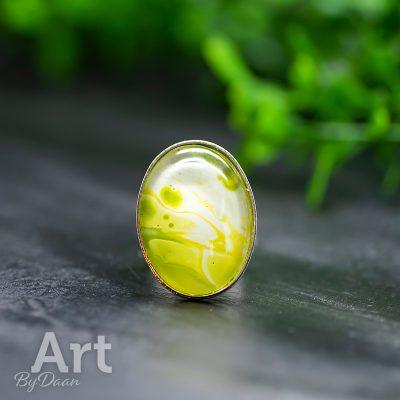 verstelbare-damesring-met-geelgroene-steen4.jpg